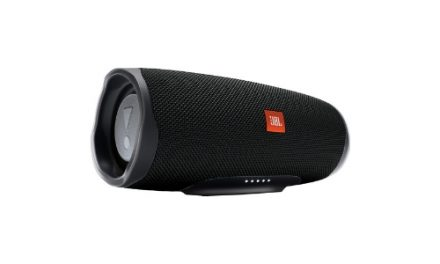 JBL Charge Black Friday 2020 deals | 4 & Essential | Tot wel €80,- korting